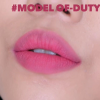 son-macliquid-lipcolour-model-off-duty